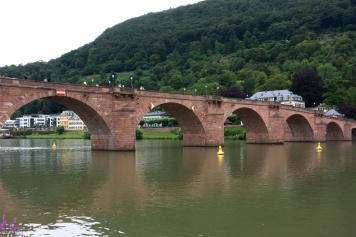 Karl-Theodor-Brücke (Die alte Brücke)