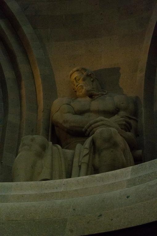 Figur für Opferfreudigkeit in der Ruhmeshalle des Völkerschlachtdenkmals