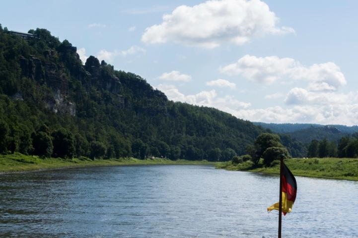 Abfahrt in Rathen Richtung Pillnitz