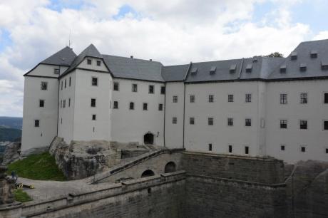 Das Hauptgebäude der Festung