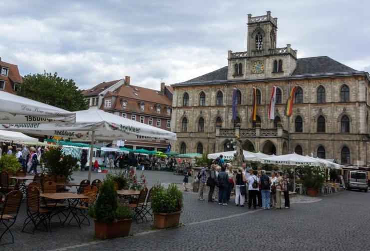 Markt vor dem Rathaus