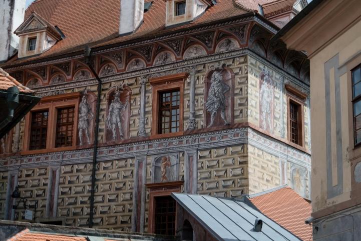Malereien an den Schlossmauern