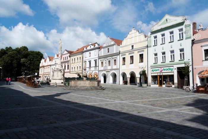 Der Marktplatz am Sonntagmorgen