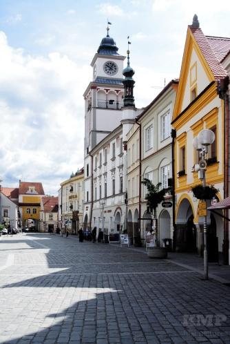 Das Rathaus mit Turm