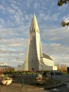 Die Hallgrimm's Kirche, das zweithöchste Gebäude Islands