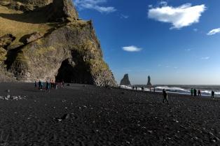 Der schwarze Strand von Reynisfjara