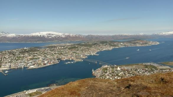 Blick auf Tromsø von Storsteinen aus