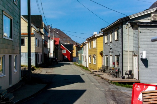 Die Hauptstrasse von Gryllefjord