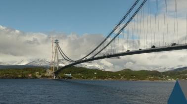 Eine neue Brücke ist im Bau direkt vor Narvik