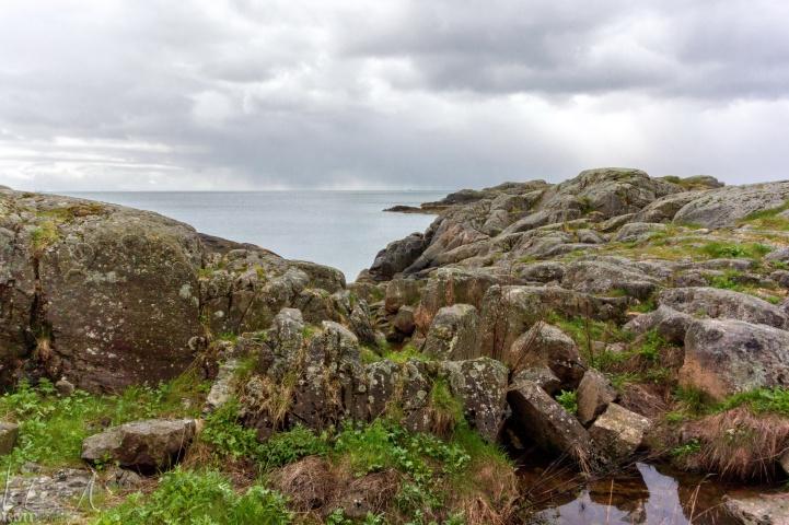Blick auf das offene Meer von der alten Stellung der Küstenartillerie