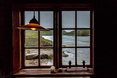 Lofotenmuseum Storvåg: Blick aus dem Fenster einer einfachen Fischerhütte
