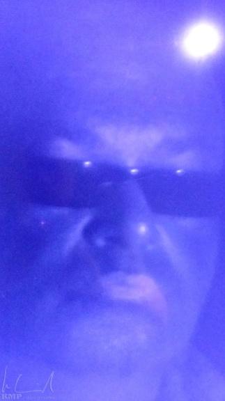 Portrait im UV Licht im Tycho Brahe Planetarium