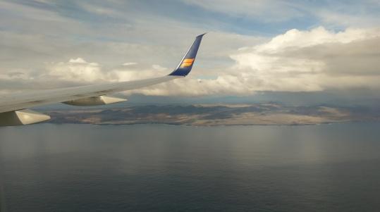 Flug entlang der Südküste Islands