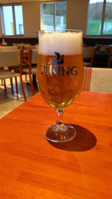Feierabend bei einem Bier im Hotel Varmahlíð