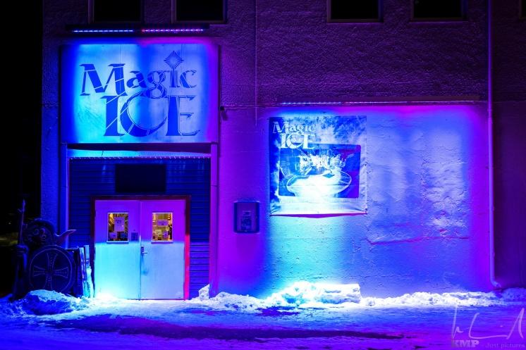Der Eingang zur Magic Ice Bar in Svolvaer