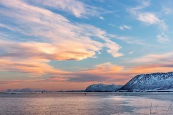 Sonnenuntergang zwischen den Lofoten