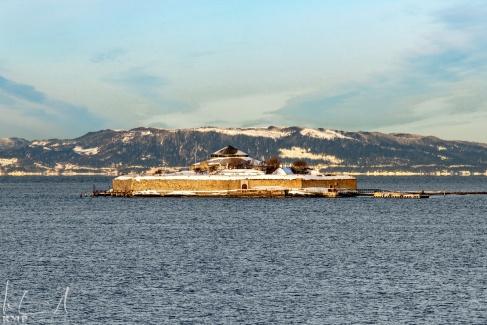 Die Mönchsinsel vor dem Hafen von Trondheim