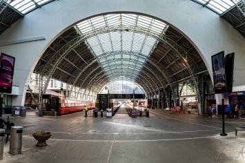 Die Bahnhofshalle