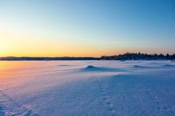 Auf dem zugefrorenen Inarijärvi