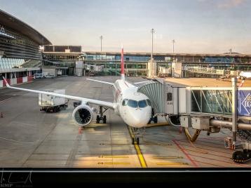Flughafen Zürich, Terminal A - Waiting for boarding