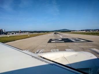 Flughafen Zürich, Piste 28 - Ready for Take
