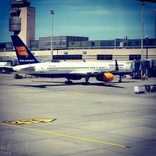 Mein Flugzeug kommt aus Island in Zürich an