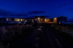 Das Ensku Húsin bei Nacht