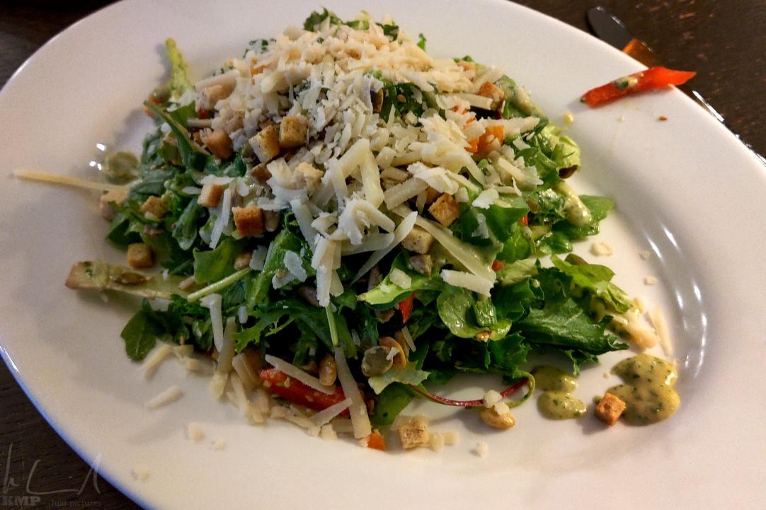 grüner Salat als Vorspeise