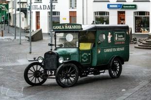 Der alte Wagen der Gamla Bakaríið ísafjörður, der alten Bäckerei