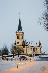 Die Vågan-Kirche (Lofotkatedralen) in Kabelvåg