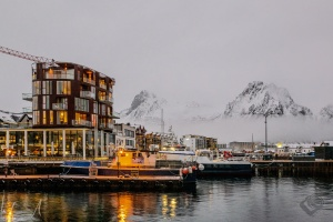 Am Hafen in Svolvær