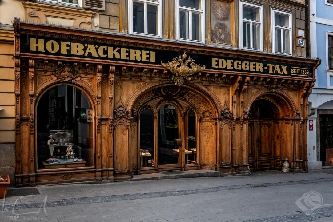 k.u.k. Hofbäckerei Edegger-Tax